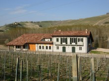 Image of Barolo Winery and Vineyards in Piedmont